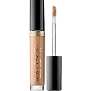 TOO FACED Born This Way Concealer
